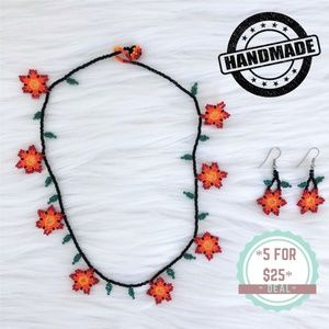 * Handmade earnings & necklace set with flowers